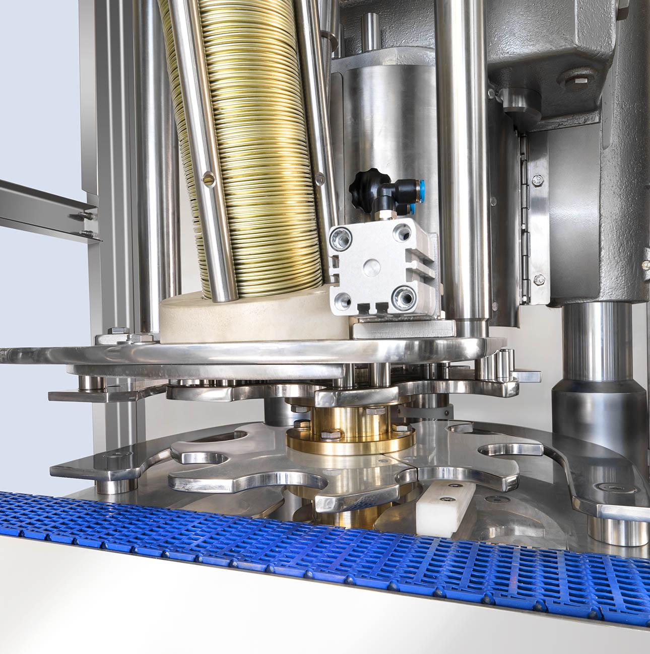 from view K40 Bonicomm star gear - cheap automatic seamer - economic automatic seamer